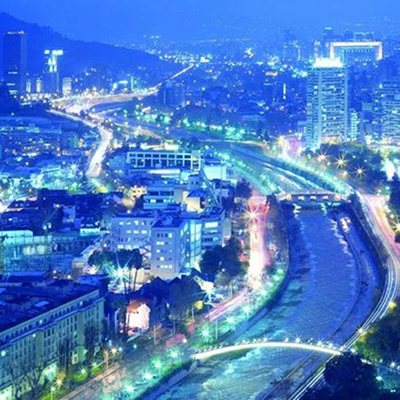 More than 400 intelligent street lights in Santiago, Chile, were successfully completed