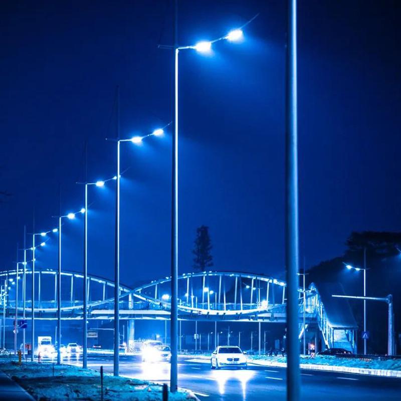O projeto bonito de iluminação de estrada de Changlong em Changlong foi concluído com sucesso